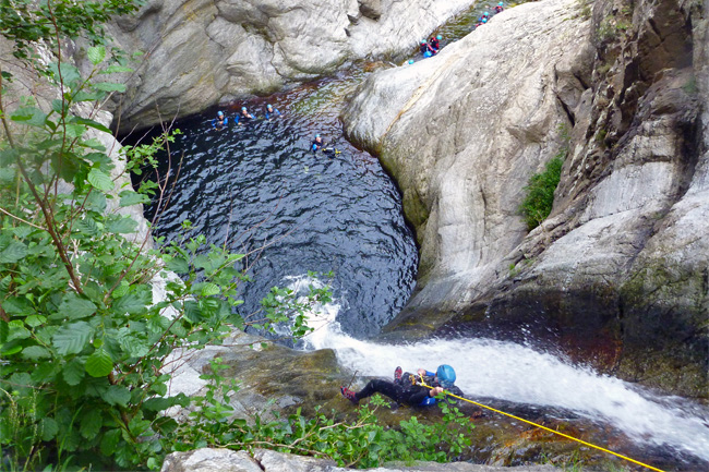 Descente de canyoning a Ceret
